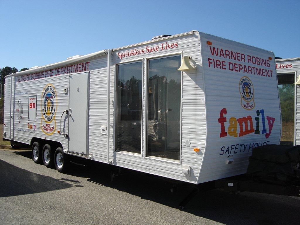 Warner robins ga photo gallery for Fire safety house
